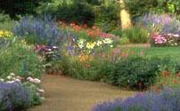 Flower Gardens. Monticellou0027s West Lawn